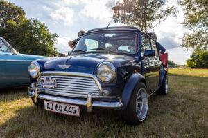 Fotografering gamle biler i Stenlille